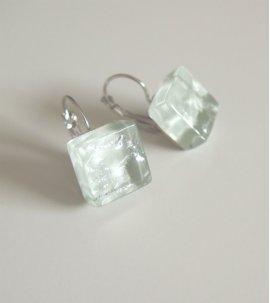Pure earrings